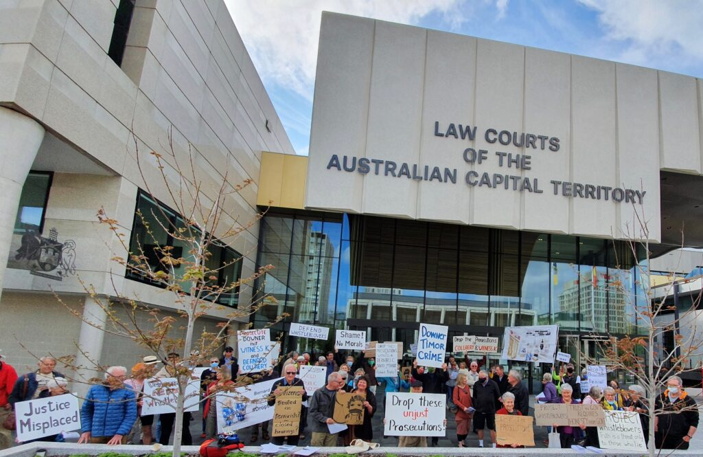 Rally for Witness K outside ACT courts, 12 Oct 2020